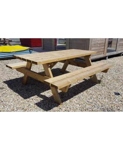 Table de pique-nique en bois
